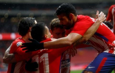 Diego Costa ghi ban va nhan the do trong tran Atletico thang 2-0 hinh anh 3