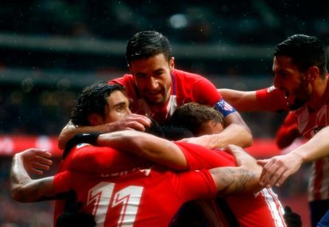 Diego Costa ghi ban va nhan the do trong tran Atletico thang 2-0 hinh anh 1