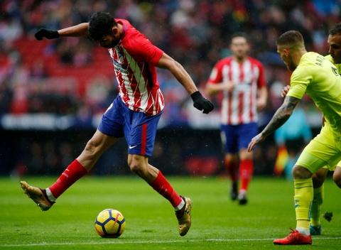 Diego Costa ghi ban va nhan the do trong tran Atletico thang 2-0 hinh anh 2