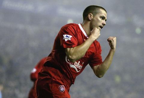 Nhung ngoi sao lon roi bo Liverpool hinh anh 3