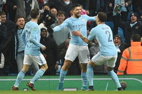Aguero ghi ban phut 90+2, Man City thang nguoc doi hang hai hinh anh 1