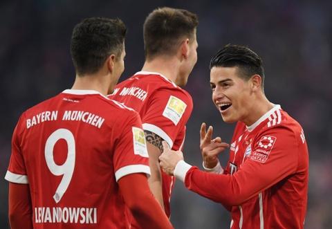 Bayern thang 4-2 nho James Rodriguez, Lewandowski va Mueller hinh anh 3
