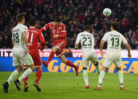 Bayern thang 4-2 nho James Rodriguez, Lewandowski va Mueller hinh anh 7