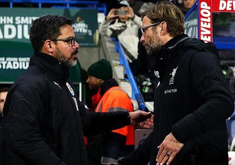HLV Klopp so tai voi ban than, Liverpool thang Huddersfield 3-0 hinh anh