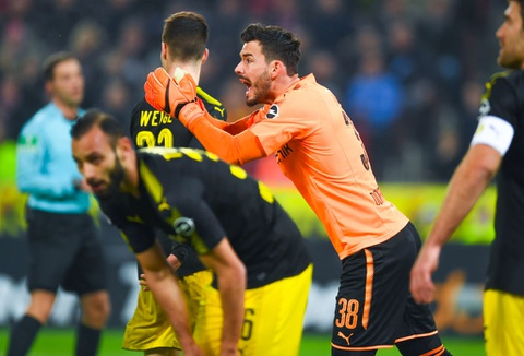 Roi Chelsea, Batshuayi ra mat Dortmund bang cu dup ban thang hinh anh 6