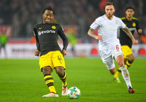 Roi Chelsea, Batshuayi ra mat Dortmund bang cu dup ban thang hinh anh 7