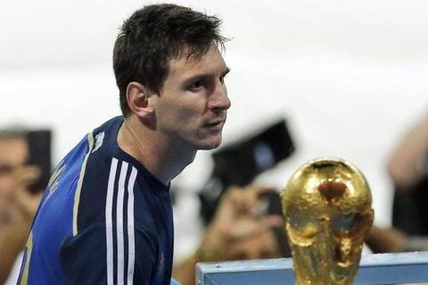 4 nam sau ngay Messi roi le, trai bong World Cup lai lan hinh anh 1