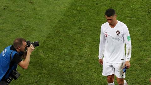 BLV Anh Ngoc: 'Ronaldo di xuong qua tung tran' hinh anh 3