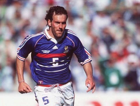 So sanh the he Zidane 1998 va Mbappe 2018 hinh anh 7