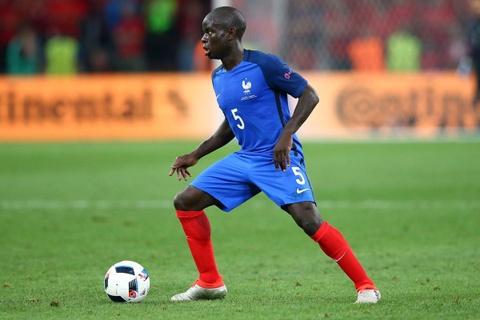 So sanh the he Zidane 1998 va Mbappe 2018 hinh anh 12