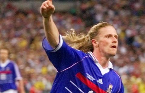 So sanh the he Zidane 1998 va Mbappe 2018 hinh anh 13
