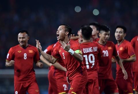 Can lam gi sau vinh quang cua tuyen Viet Nam tai AFF Cup 2018? hinh anh 2