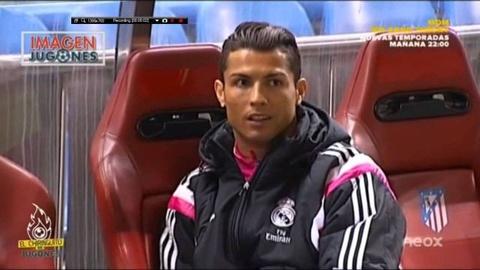 Ronaldo duoi kheo nguoi quay camera bang mot cau noi hinh anh