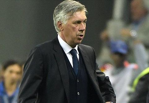HLV Ancelotti: 'Real thua vi thieu kien nhan' hinh anh