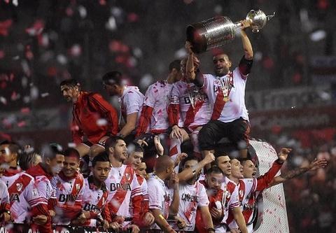 Ha Tigres 3-0, River Plate vo dich Copa Libertadores 2015 hinh anh