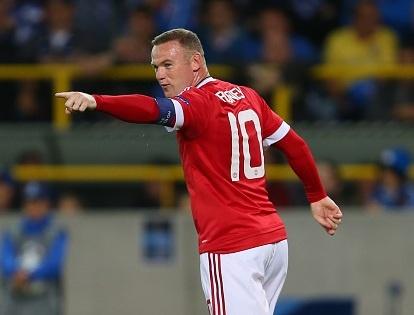Rooney dap tan moi hoai nghi bang hat-trick tai Cup C1 hinh anh