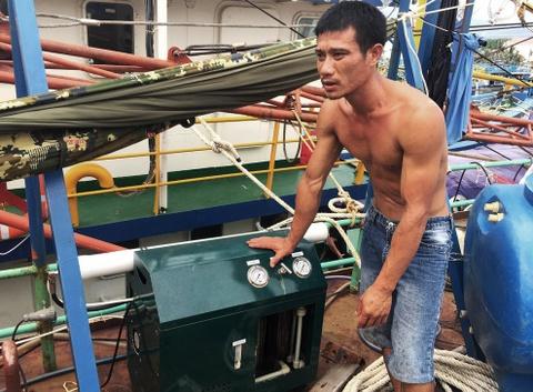 Dong bang thep Trung Quoc, tau hang chuc ty nam bo hinh anh 12