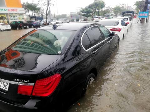 BMW, Range Rover chim trong ham xe chung cu cao cap Hoang Anh Gia Lai hinh anh 8