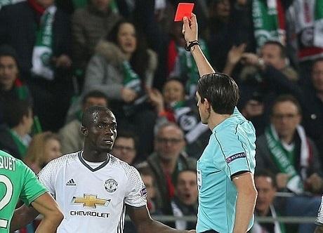 Man Utd co nguy co mat Eric Bailly o tu ket Europa League hinh anh