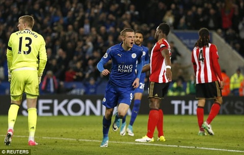 Vardy tiep tuc ghi ban, Leicester chon vui hy vong cua Sunderland hinh anh