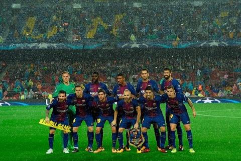 Messi toa sang giup 10 nguoi Barca danh bai Olympiacos hinh anh 1