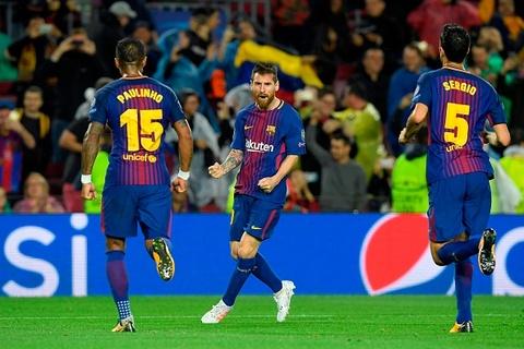 Messi toa sang giup 10 nguoi Barca danh bai Olympiacos hinh anh 8