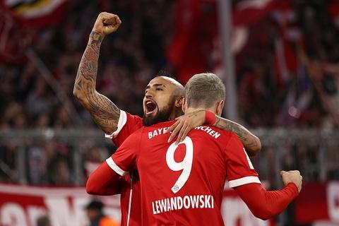 Highlights Bayern Munich 3-0 Augsburg hinh anh