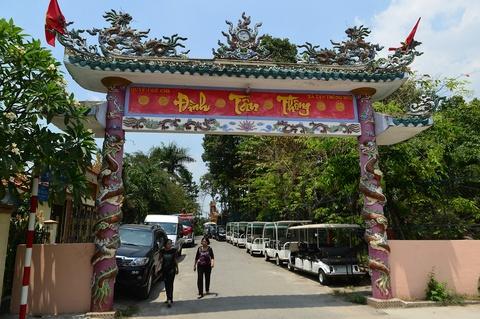 Dinh Tan Thong - noi ong Sau Khai thuong tra hinh anh 1
