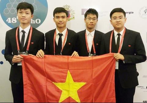 Viet Nam gianh 2 huy chuong vang Olympic Hoa hoc quoc te hinh anh