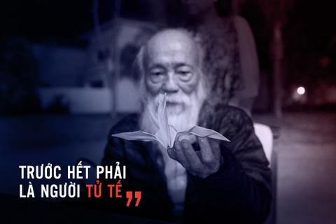 PGS Van Nhu Cuong va nguoi phu nu lang le khoc ngoai hanh lang hinh anh 2