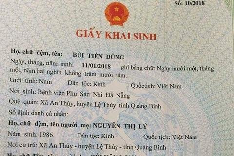 Ong bo lam giay khai sinh ten con trai la Bui Tien Dung hinh anh