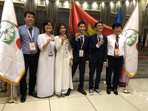 Viet Nam gianh 3 huy chuong vang Olympic Sinh hoc quoc te hinh anh