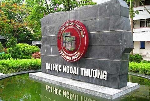 DH Ngoai thuong tuyen sinh bang diem IELTS, TOEFL hinh anh