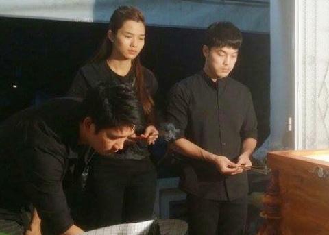 Ung Hoang Phuc tuc truc trong tang le Nguyen Giau hinh anh