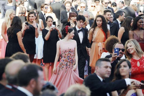 Ly Nha Ky hoa nu than tren tham do Cannes hinh anh 5