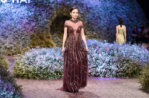 Le Quyen, Thu Phuong dien thoi trang o show Hoang Hai hinh anh 7