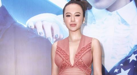 Angela Phuong Trinh dien vay luoi ho bao o su kien hinh anh