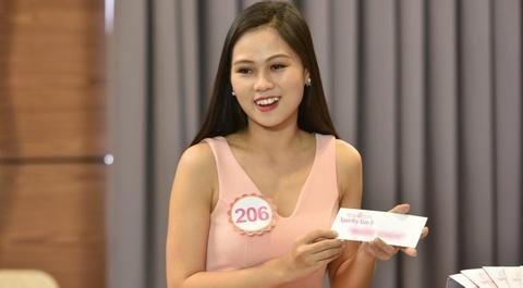18 thi sinh Hoa hau VN buoc vao vong thi 'Nguoi dep Nhan Ai' hinh anh