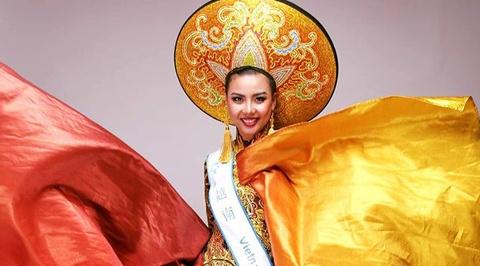 Lai Thanh Huong doat giai Trang phuc dan toc dep nhat hinh anh