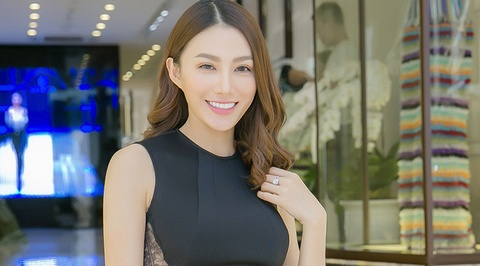 Hoc tro Ho Ngoc Ha thu trang phuc du show Victoria's Secret hinh anh