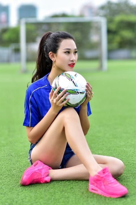 Top 5 Hoa khoi Ao dai doan Italy thang Tay Ban Nha ty so 2-1 hinh anh 10