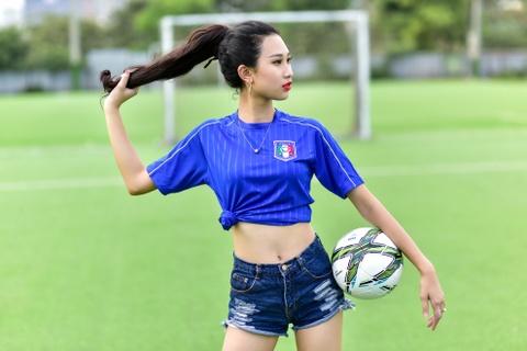 Top 5 Hoa khoi Ao dai doan Italy thang Tay Ban Nha ty so 2-1 hinh anh 11