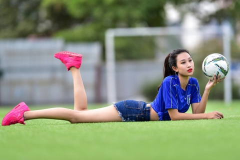 Top 5 Hoa khoi Ao dai doan Italy thang Tay Ban Nha ty so 2-1 hinh anh 7