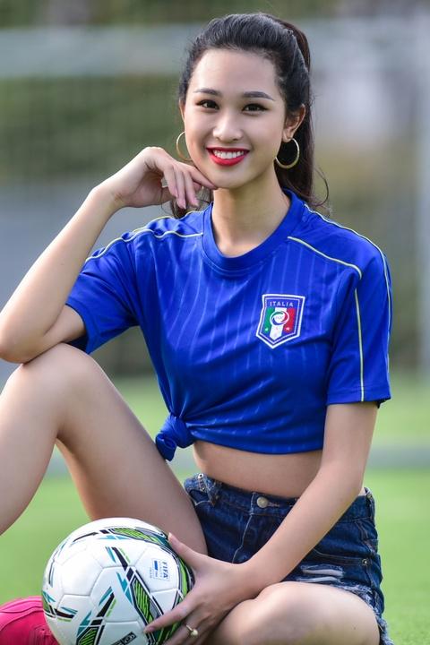 Top 5 Hoa khoi Ao dai doan Italy thang Tay Ban Nha ty so 2-1 hinh anh 4
