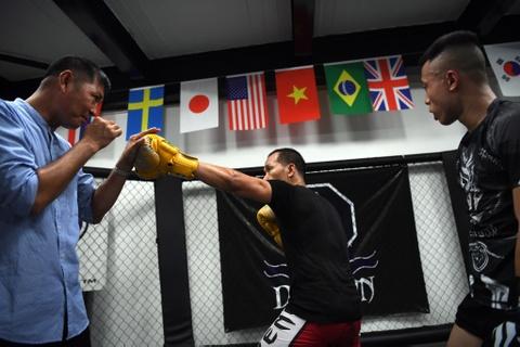 Kham pha lo vo tong hop MMA hang dau Ha Noi hinh anh 11