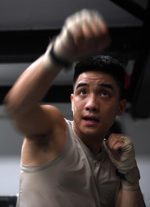 Kham pha lo vo tong hop MMA hang dau Ha Noi hinh anh 15