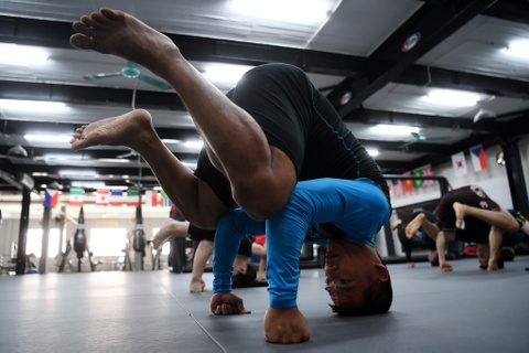 Kham pha lo vo tong hop MMA hang dau Ha Noi hinh anh 4