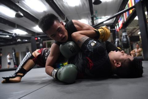Kham pha lo vo tong hop MMA hang dau Ha Noi hinh anh 19
