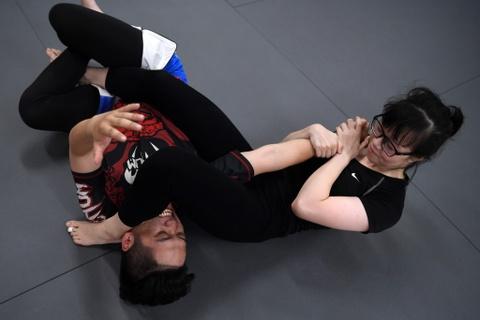 Kham pha lo vo tong hop MMA hang dau Ha Noi hinh anh 6