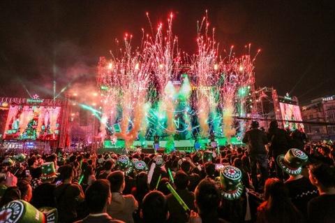 TP.HCM to chuc Countdown 2020 tai pho di bo Nguyen Hue hinh anh